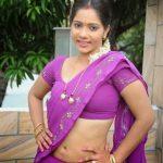 Tamil Kamaveri – Kiramathu Ilanganin Aasai 1