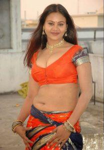 Tamil Sex Stories - Thodaiyai Viritha Thozhi 2