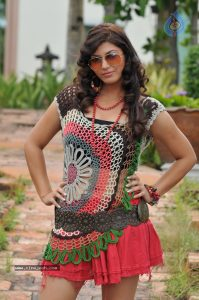 Tamil Sex Story - Idhalin Eeram 1